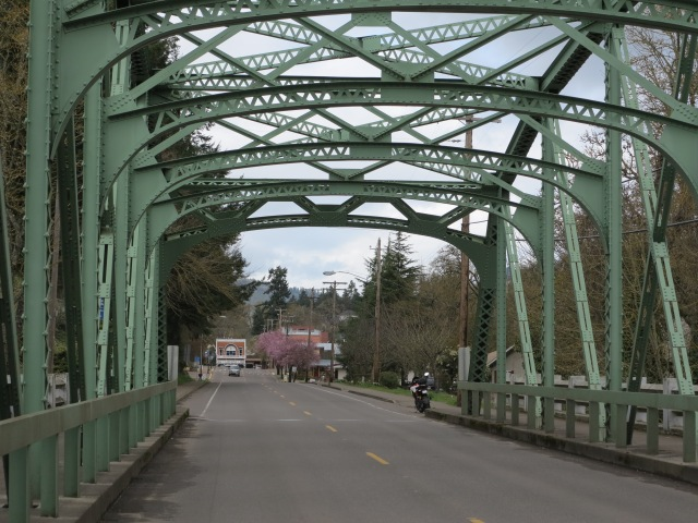 """The location of the last and first scenes of """"Stand by Me"""" in Brownsville, OR (Castlerock in the film)"""