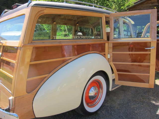 Beige with orange wheels were original colors of some models of Packard