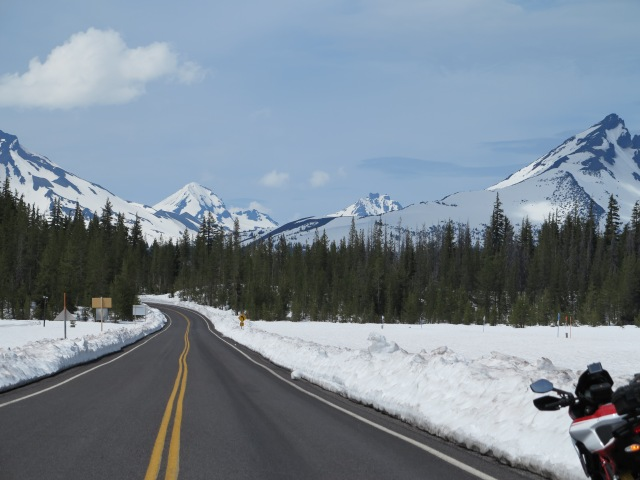 Cascades Lakes Highway, May 11, 2013