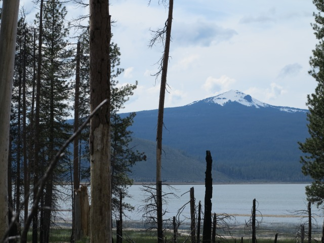 Davis Lake, with Maiden Peak on the background. May 11th, 2013