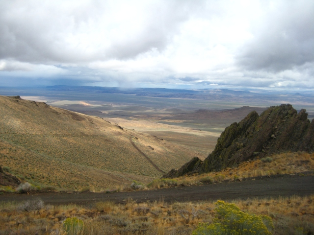 Looking east, from the top of the Domingo Pass. Lone Mountain Loop, 2010 edition.