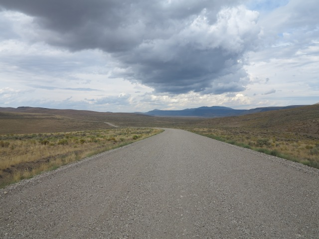 Hogback Road, a smooth gravel highway