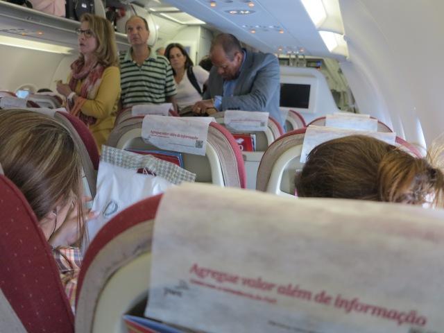 Minimal leg room, TAM's Airbus 320