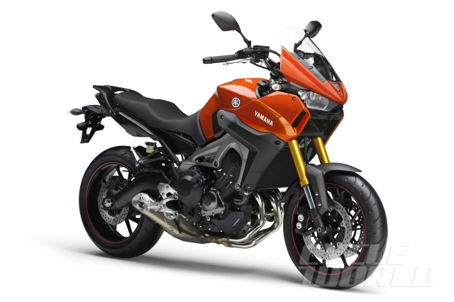 Concept Ilustration of Street/Touring Yamaha based on MT09/FZ-09 bike (CycleWorld via Young Magazine)