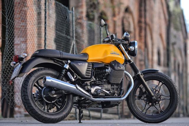 2015 Moto Guzzi VII Stone