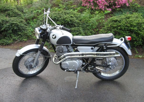 1967 305 Honda Scrambler