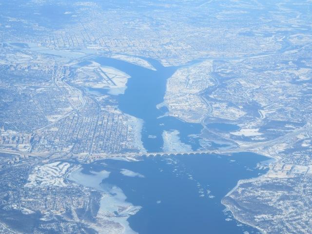 Washington DC under a layer of snow