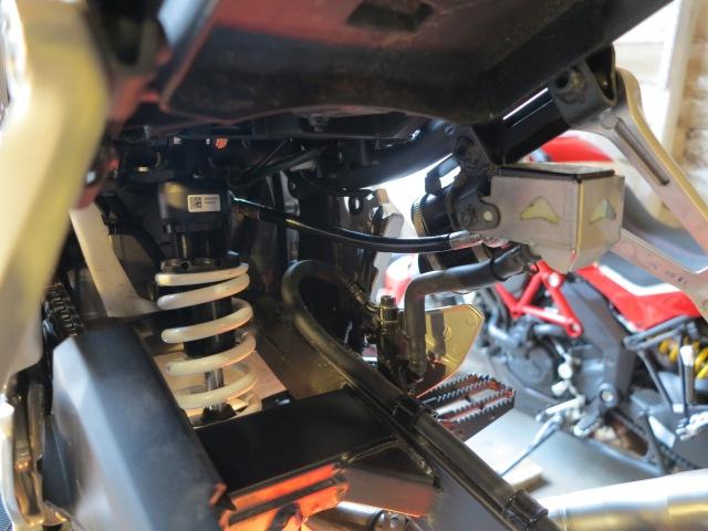 RRP rear shock installed
