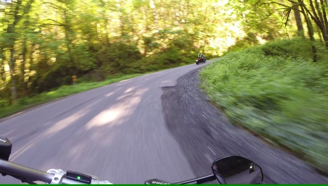 Cornering with the XDiavel